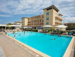Cecina Mare - Hotel rezydencja CLUB STELLA MARINA ***