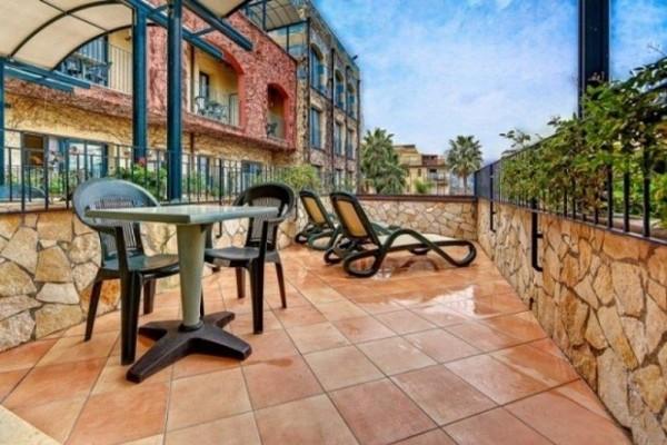 Hotel caesar palace giardini naxos sycylia - Hotel caesar palace giardini naxos ...